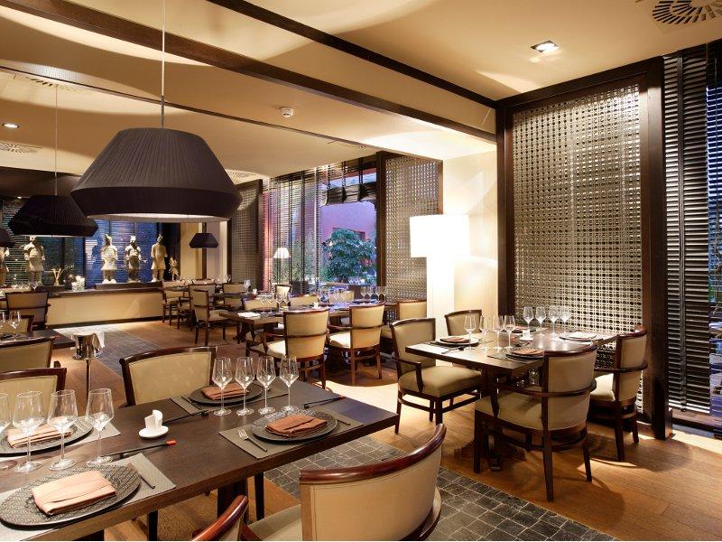 Hotel barcel asia gardens for Asiatische einrichtung