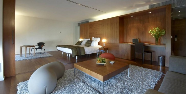 Hotel condes de barcelona for Design hotel kuba