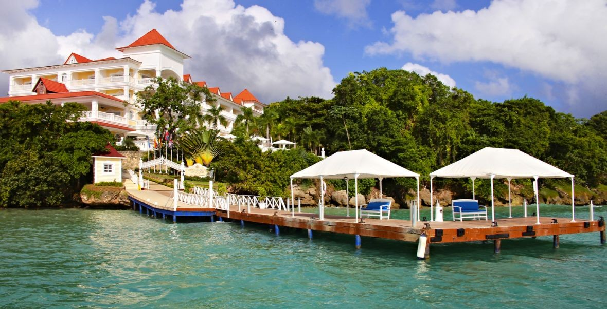 Honeymoon im Luxury Bahia Principe Cayo Levantado | Flitterwochen-Ziele.de